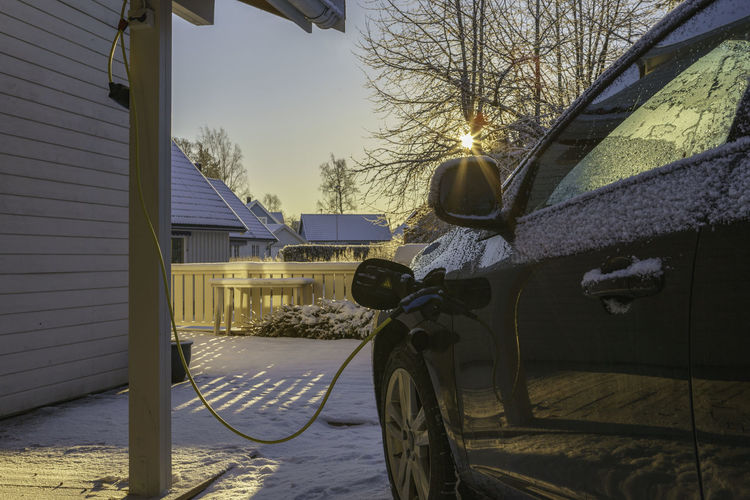 Charging my hybrid car in cold winter Norway.. EyeEm gallery Hybrid cars Norway The Week on EyeEm The Week on EyeEm EyeEm Gallery Hybrid Cars Norway Architecture Bare Tree Building Exterior Built Structure Car Charging Cold Temperature Day House Land Vehicle Mode Of Transport Nature No People Outdoors Sky Snow Stationary Transportation Tree The Great Outdoors - 2018 EyeEm Awards The Still Life Photographer - 2018 EyeEm Awards