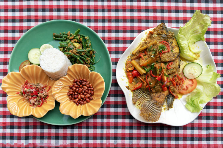 Food And Drink Food Ready-to-eat Plate Freshness Balinese Culture Indonesian Food Mujair Tilapia Spicy Hot Sauce Asian Food Rice Meal