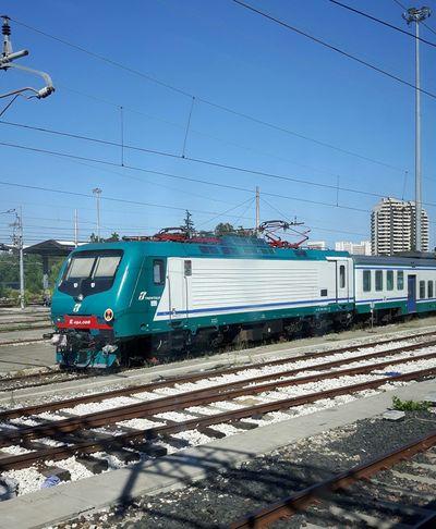 Bologna Italien vom Zug aus fotografiert Bildervonunterwegs