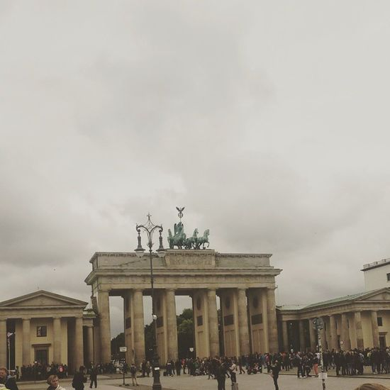 Rainy Berlin Germany Clouds Cloudporn Brandenburgertor Sightseeing Pariserplatz Summer Rain Grey City