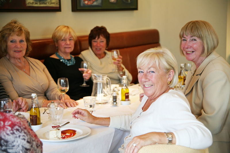 Group Women Socialising Friends Lunch Ladies Who Lunch Restaurant Group Of People Enjoy Enjoying Life Mature Women Dine Dining Happy Enjoyment Meeting Friends EyeEmNewHere People