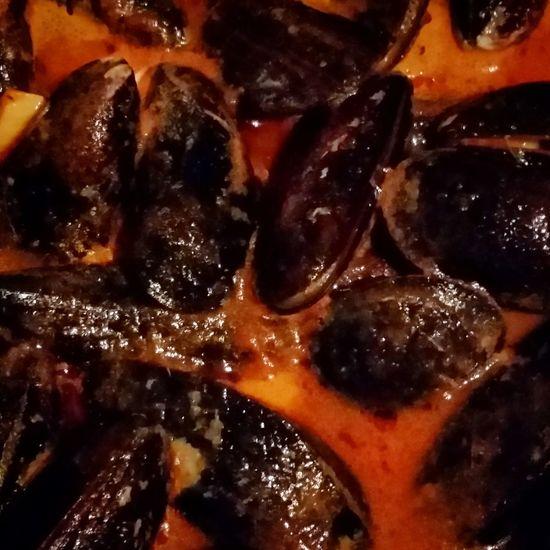 Wow lecker Miesmuscheln in Wein Tomatensoße. Riecht zumindest Lecker Lecker bis Morgen euer #andi der #angelblogger von www.barsch-junkie.de follow me