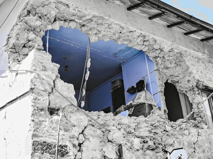 Streetphotography Outdoors Outdoor Photography Travel Photography Italy Wall Town Stone Earthquake Ruins Building Umbria Blackandwhite Photography Privacy Window Architecture Building Exterior Built Structure Close-up Cracked Deterioration Damaged Run-down Broken Abandoned Ruined Interior Exterior TOWNSCAPE Housing Settlement