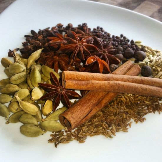 Spices Cardamom Cinnamon Star Anise Fennel Cumin Cloves