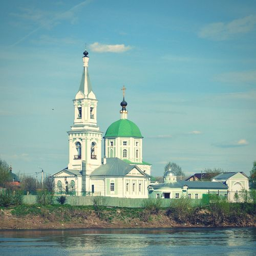 Свято-екатериненский монастырь храм Река Волга река тверца