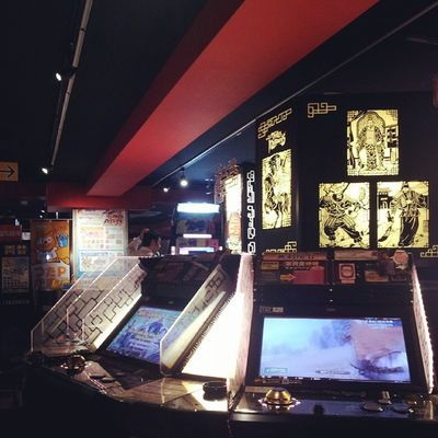 Club Sega at 6th floor... gaming while eat, drink and smoke... paradise! Akihabara Akiba Tokyo japan geek nerd videogame gaming photooftheday igers instagood instamood tag4likes myhouse threekingdoms