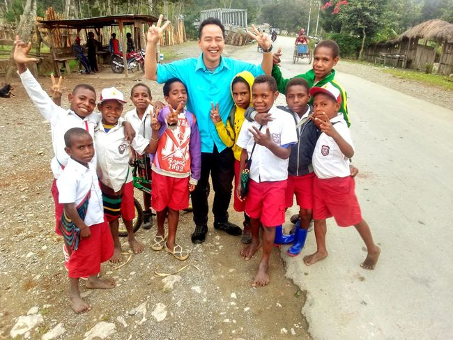Peace from Papua Child Looking At Camera Childhood Boys Fun Outdoors Day People Papua Wamena Cheerful Smiling Explorepapua Wonderful Indonesia Papuachildren Indonesia_photography Photography
