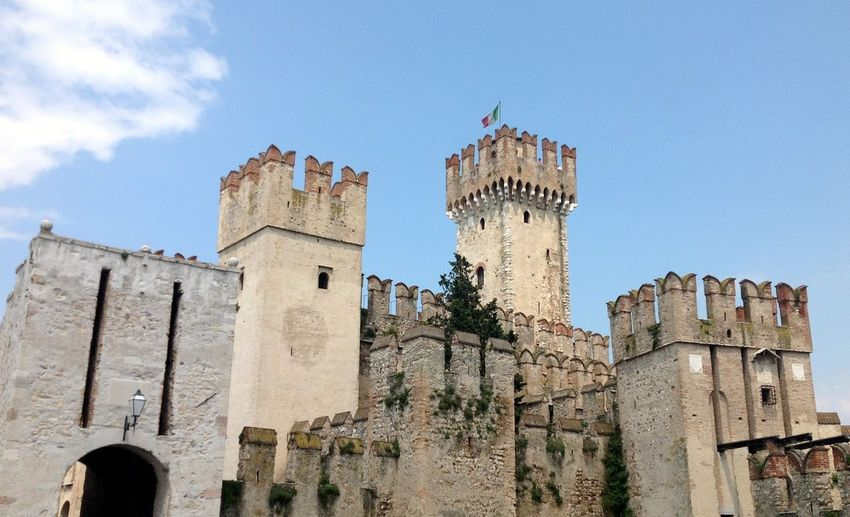 Ancient Ancient Civilization Architecture Building Exterior Built Structure Castello Scaligero Castle Famous Place Fort History Italien Italy Lago Di Garda Lombardy Medieval Medieval Architecture MedievalTimes Old Outdoors Provincia Di Brescia Scaligeri Sirmione Stone Wall Torre Tower