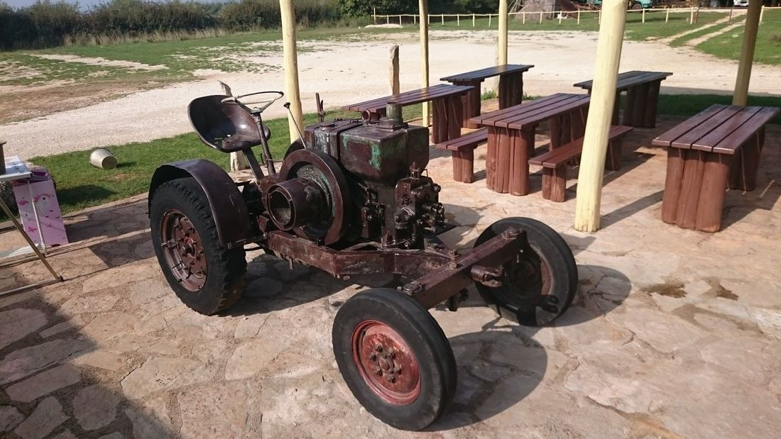 Old Old Tractor Old Stuff Oldtimer Benches Willage