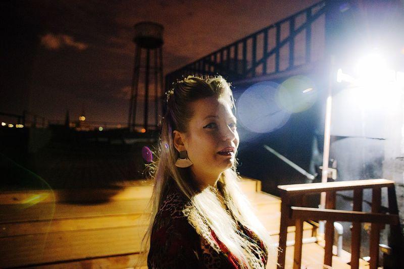 Ashley. Lens
