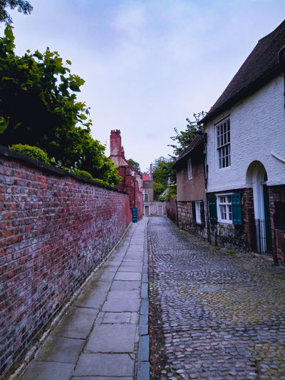 Narrow lane City Sky Architecture Building Exterior Built Structure Cobblestone Walkway Pathway
