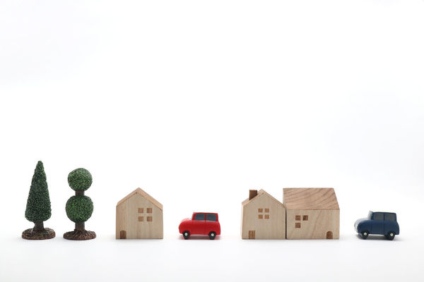 Architecture Building Buisiness Car City Cityscape Copy Space Detached House Drive Figurine  Horizon Over Water House In A Row Indoors  Landscape Miniature Real Estate Residence Residential Building Studio Shot Toy Traffic Transportation Vehicle White Background