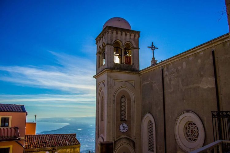 Landscapes&sunset #travelphotography #traveling #traveller #travelgram #travelporn #travelblog #instatravel #like4like #likeforlike #shoot #instagram #sunset #italy #castelmola #trip #travelmood #cityscape #sicily #cathedral #church #lovetraveling #etna #panotour #architecture #europe #l4l #travel_europe #capitalcity #picoftheday #canon Architecture Built Structure Building Exterior Religion Place Of Worship No People Sky Outdoors Day