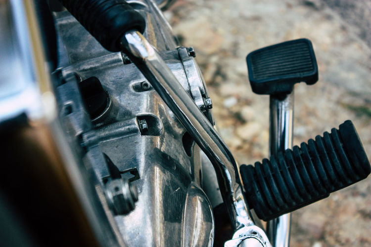Bicycle Close-up Day Equipment Focus On Foreground Handlebar Land Vehicle Machine Part Machinery Metal Mode Of Transportation No People Outdoors Selective Focus Stationary Technology Transportation Vehicle Part Wheel