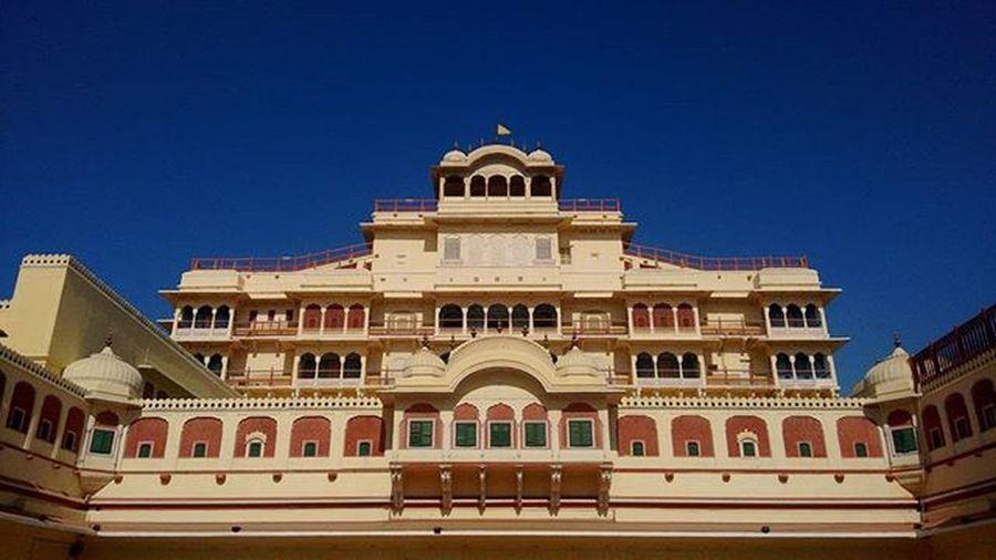 City Palace Jaipur City Palace Citypalace Jaipur Beautiful Beautifulindia Beautifuljaipur Pinkcity Pink Awsome Amazing Rangilorajasthan Rajasthan Colourfulcity India Indiatravel Historic History