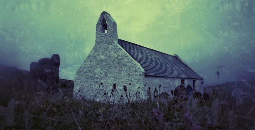 Mwnt church.