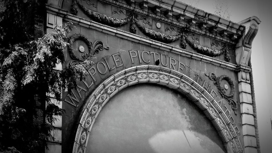 Old Buildings Cinema Derelict Architecture Old-fashioned Black And White Blackandwhite Black & White Retro Movie Theatre  Past Old Days Forgotten Places  Building Exterior Architectural Detail Architectural Feature Arch Facades Old Facade Monochrome Photography Walpole Park, Ealing Walpole Mattock Lane The Past Hidden EyeEm LOST IN London