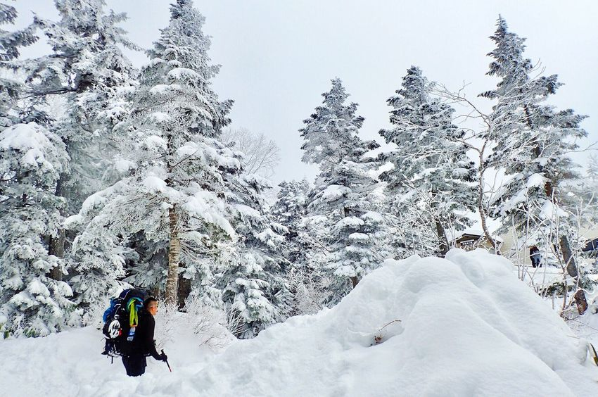 Winter Snow Cold Temperature Weather Nature Hiking Outdoors Beauty In Nature Tree Warm Clothing Leisure Activity Adventure One Person Day Real People Lifestyles Mountain Sky People