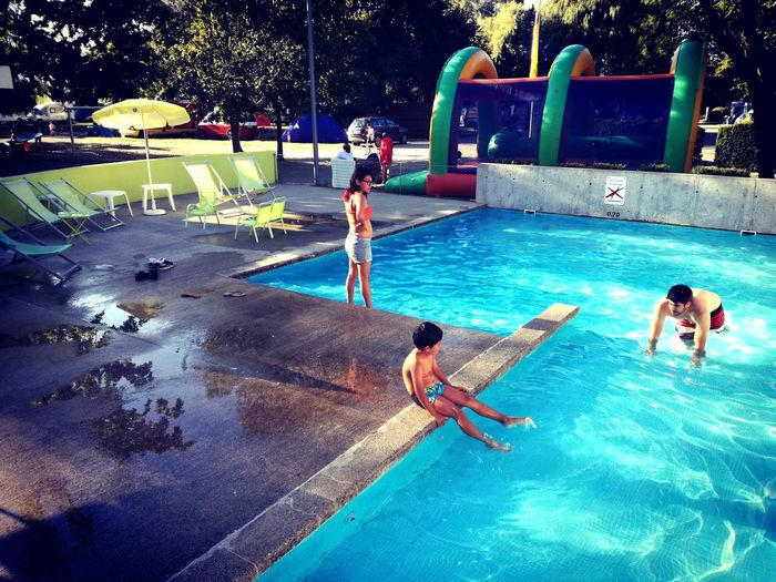 Ginebra — Suiza - 13/08/2016 Piscina People Camping