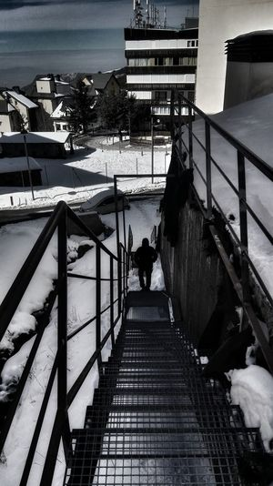 Sierra Nevada Railing Steps And Staircases Built Structure Architecture People Water Outdoors The Graphic City Colour Your Horizn Modern Workplace Culture HUAWEI Photo Award: After Dark