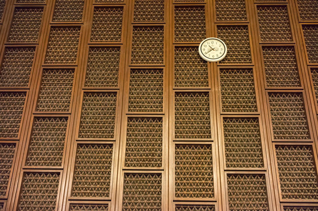 AMMAN, JORDAN - 13TH NOV 2017; View of internal decorations at Blue Mosque in Amman, Jordan Jordan Peace And Quiet Pray Arabic Decoration Geometric Shape Internal Mosque Ornaments Wood - Material Wool