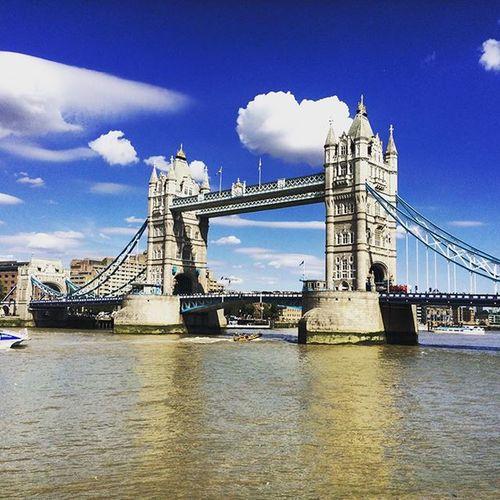 Towerbridge Tamigi London Fuoriceilsole HASHTAG Londra Sempre 2K15 London2015 IgersOfLondon Uk Igerslondon