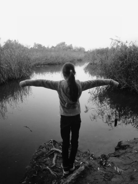 Young Girl Waterfront EyeEm Selects Water Standing Lake Men Rear View Sky Tranquil Scene Arms Outstretched Scenics Idyllic Countryside Calm Silhouette Yoga Non-urban Scene Rocky Mountains Lakeside Foggy Horizon Over Water Shore Ocean Arms Raised Lotus Position Meditating Tranquility Remote