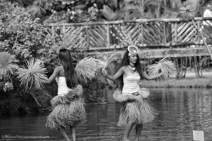 Black & White Aloha Polynesians
