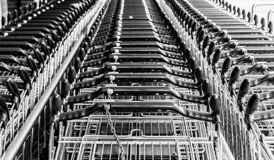 Black & White Black And White Blackandwhite Blackandwhite Photography Einkaufen Einkaufswagen No People Shopping Trolley Discover Berlin Black And White Friday The Still Life Photographer - 2018 EyeEm Awards 17.62°