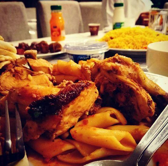 لذيذ🤤♥ تصويري  تصوير  السعودية  الرياض الناس_الرايئه اكل طعام اكلات مطعم  Plate Meat Close-up Food And Drink