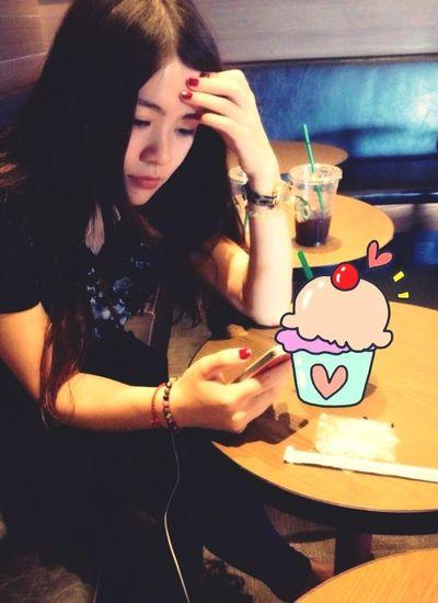 Enjoying Life People Cafe