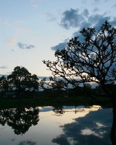 Taking Photos Relaxing Enjoying Life Beautiful Sunset Sunsetporn Picoftheday Sunset_collection Sunset #sun #clouds #skylovers #sky #nature #beautifulinnature #naturalbeauty #photography #landscape Sunset Water Reflections
