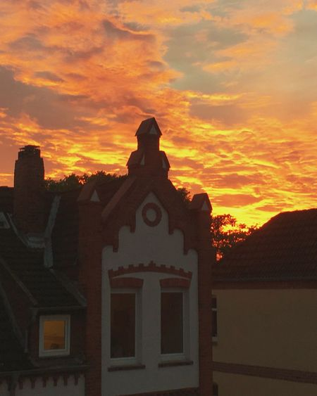 Sunset The Great Outdoors - 2017 EyeEm Awards Silhouette Cloud - Sky Beauty In Nature Built Structure Sky EyeEmNewHere People And Places Sunset Architecture Building Exterior Gable Roof Lüneburg Gable Houses