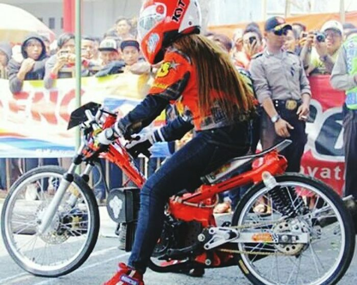 Holydays Mayday  Girl IndonesiaRacing Dragrace Dragbike Time For A Race Race Day Good Race Dragrace!!!