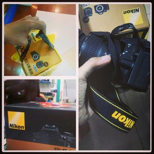 My New Baby: 25 Megapixels Nikon DSLR