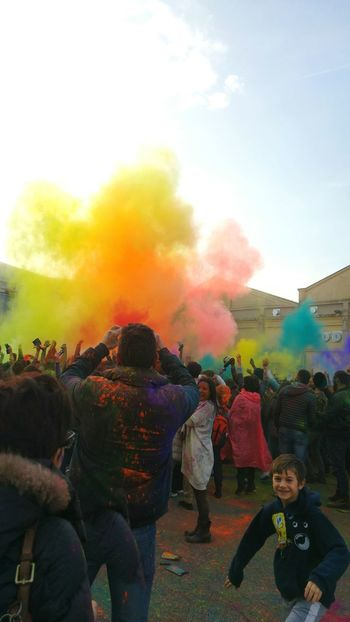 Festivaldelloriente Hello World Colorful Color Photography Happy Enjoying Life Happiness Check This Out Photo WOW Taking Photos Padova Holicolors New Holicolorfestival