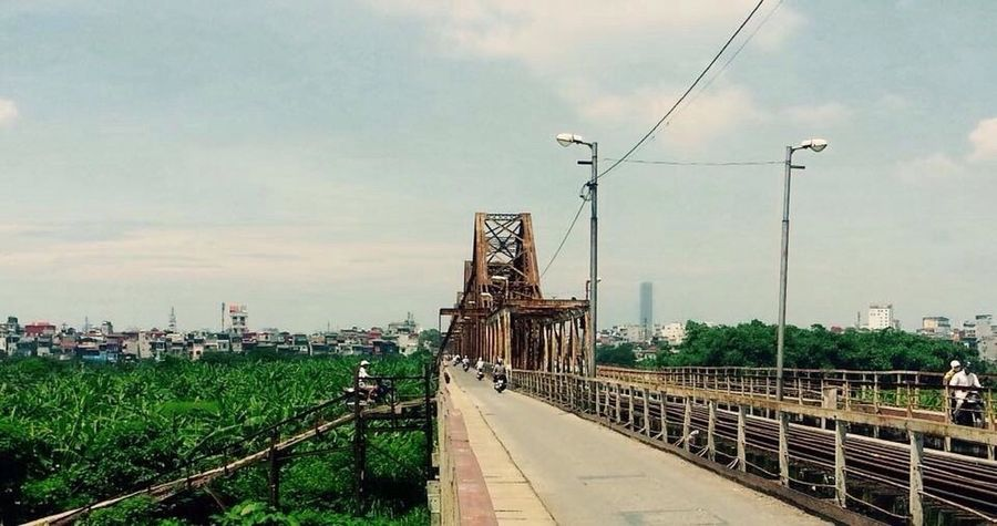 Long Bien Bridge Hanoi, Vietnam Bridge Amatuer Photographer