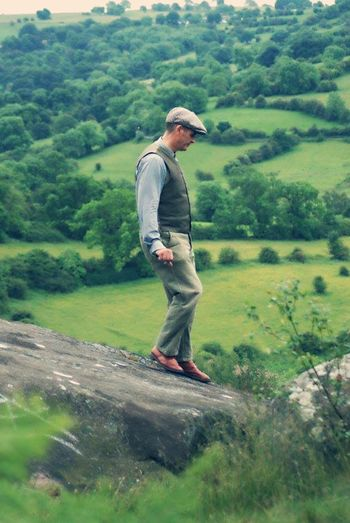 Showcase June Enjoying Life Hugerock PeakDistrict Derbyshire RobinHoodsstride Amazingplaces Beautifulview Gorgeousglen Borninthewrongera Flatcap Timeless Peopleandplaces
