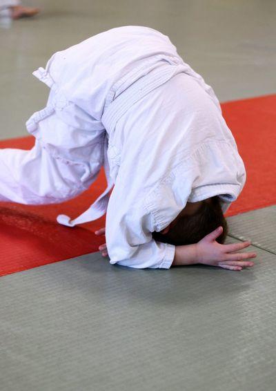 Judo Baby Judo Art Martial Galipette Roulade Chutte Avant Children Sport Sport