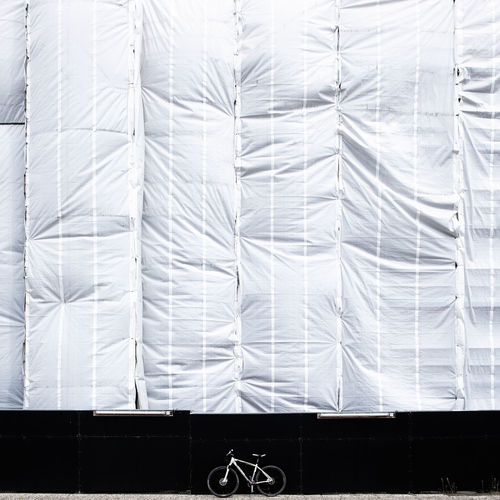 Mywhitebikeagain Pattern Architecture Built Structure Day Mywhitebike Fujix_berlin Ralfpollack_fotografie Minimalism Minimalist Photography  No People Full Frame Backgrounds White Color Textile Covering Building Close-up Textured  Curtain Bicycle