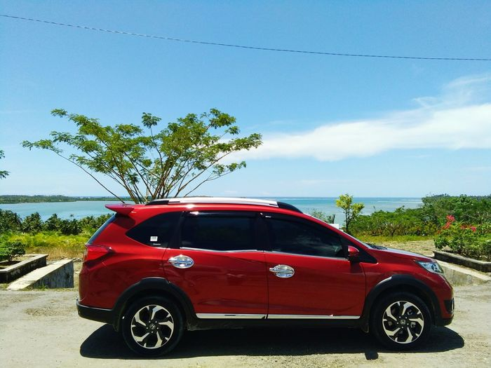 Car Passion Red Pearl Sky Blue Honda BR-V South Nias INDONESIA