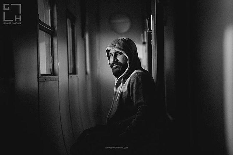 Face Explored Face Travel Travelogue Ghalibhasnainphotography Portrait VSCO Ghalibhasnain Train Light Toursadiqabad
