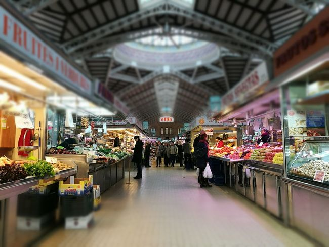 Architecture City Market Marketplace Mercat Central Valencia València Shopping Fruits Vegetables Open Groceries Roof Focus Blur Daily Life History Living People