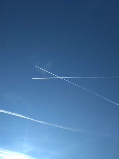 Plane trails No