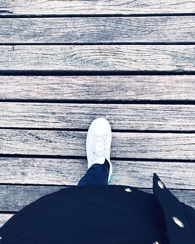 C A T W A L K ❄️ Freezing Time Wintertime CityWalk Walking Around The City  Catwalk Wooden Texture Human Leg Low Section One Person Day Outdoors Real People Close-up Human Body Part