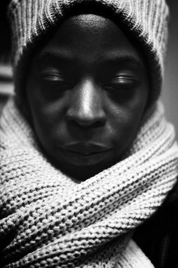Darkness And Light Portrait Scanaki B&w B&W Portrait Faces Of EyeEm Faces Black & White Monochrome The Portraitist - 2015 EyeEm Awards D5100nikon D5100 Nikon D5100  NikonD5100 Nikonphotography Eye4photography  EyeEm Best Sellers Close-up White Scarf BlackWoman Portrait Of A Woman One Person Portrait_by_scanaki Black And White Friday The Portraitist - 2018 EyeEm Awards The Still Life Photographer - 2018 EyeEm Awards The Creative - 2018 EyeEm Awards Love Is Love