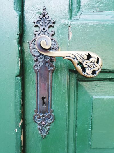 my house is my castle Green Color Green Door Metal Door Handle Ornamental No People Doors Old Looking Around EyeEm Selects Backgrounds Full Frame Latch Textured  Door Metal Safety Close-up Door Handle Front Door Keyhole Lock Entryway Closed