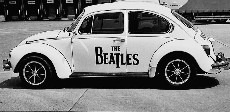 Wolkswagen  Car Mini White And Black Modified The Beatles Cute Car Cool Volkswagen Araba Kaplumbaga Classic Car Classic