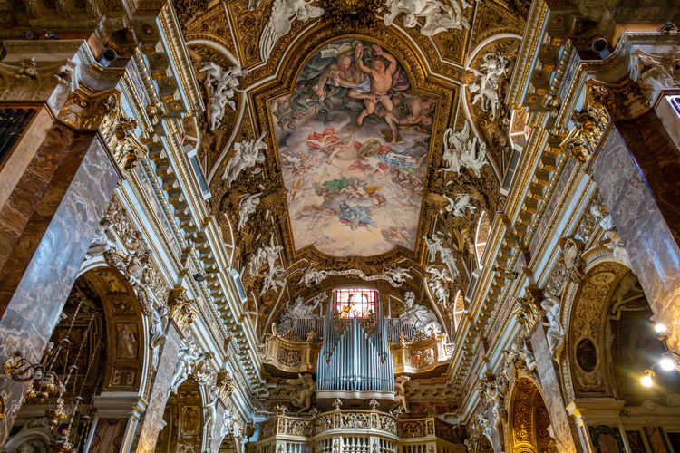 Place Of Worship Religion Belief Architecture Spirituality Built Structure Indoors  Low Angle View Ceiling Travel Destinations Mural Building Art And Craft No People Altar Fresco Architectural Column Ornate