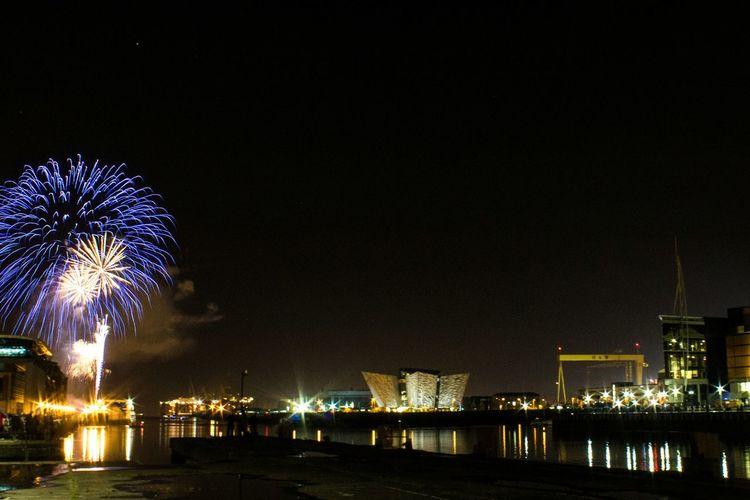 Night Lights Fireworks Titanic Halloween Harland&Wolff